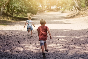 Kathleen Woinin en Tine Peeters winnen eerste Bosland in Beeld fotowedstrijd