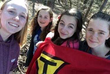 Kayra, Marie, Fien, Esmee The Selfies
